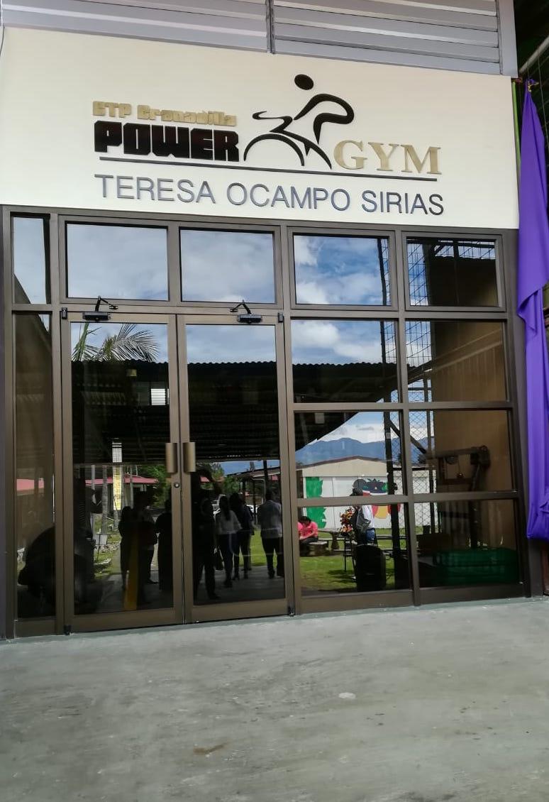 El gimnasio de Granadilla lleva su nombre